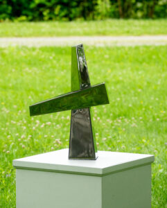 STEPHEN PORTER Tee 9 stainless steel, 18h x 13 x 4 inches $200